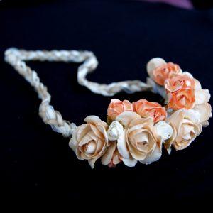 Flores y cintas